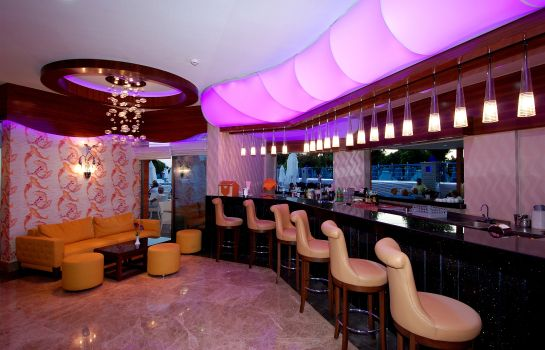 Hotel-Bar Grand Zaman Beach