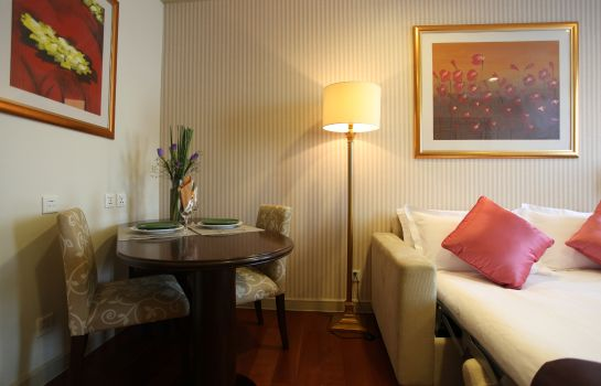 Junior suite Green Court Residence City Center Shanghai Former:Green Court Serviced Apartment People Square