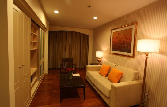Suite Green Court Serviced Apartment People Square