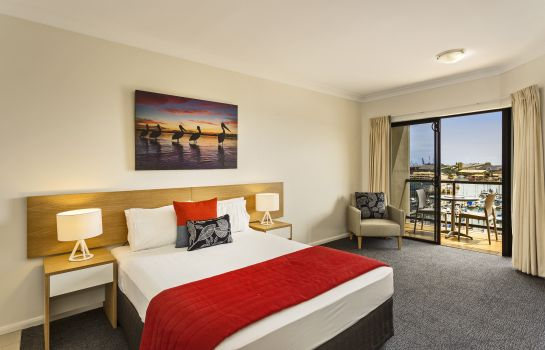 Room Quest Townsville Serviced Apts