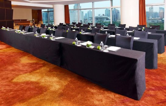 Conference room Le Royal Meridien Shanghai