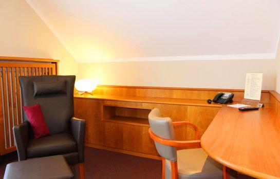 Hotel Straubs Schone Aussicht Klingenberg Am Main Great Prices