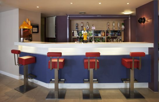 Bar hotelowy Holiday Inn Express NORWICH