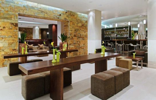 Bar del hotel Hilton London Canary Wharf