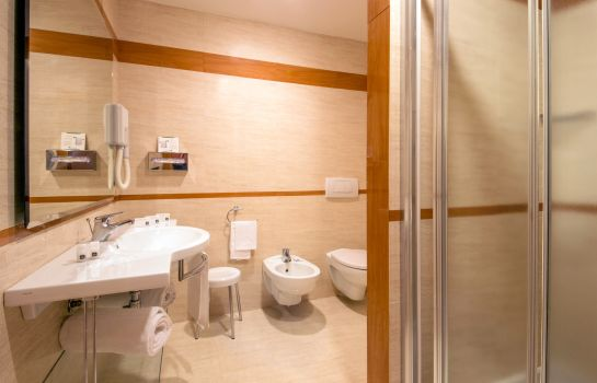 Bagno in camera Best Western Viterbo