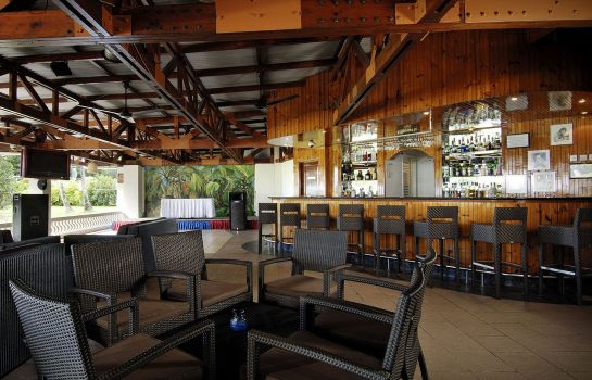 Hotel-Bar Berjaya Beau Vallon Bay Beach Resort & Casino