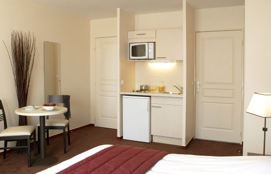 Double room (standard) Cerise Chatou