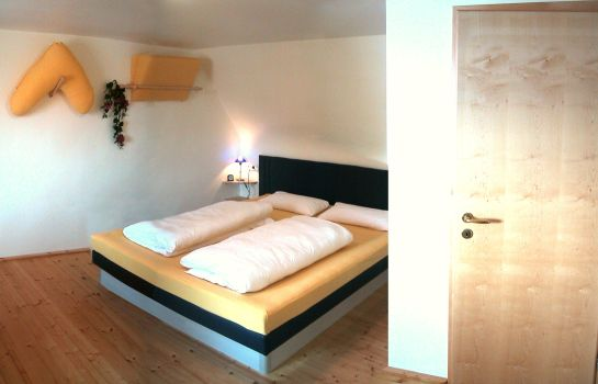 Chambre double (standard) Wörners Schloss ***plus Weingut & Wellness