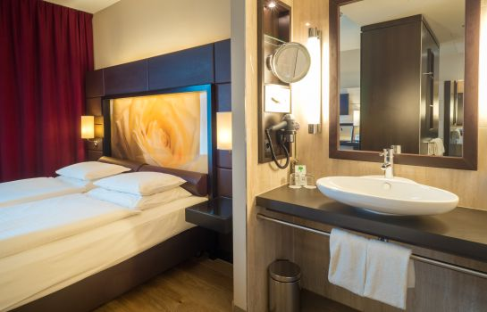 Double room (standard) Lindner Hotel Am Belvedere