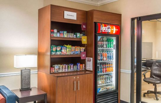 Informacja Comfort Suites Savannah North