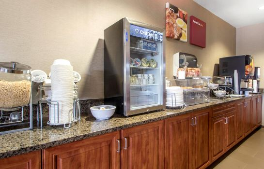 Restaurante Comfort Suites Johnson Creek Conference