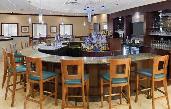 Hotel bar DoubleTree by Hilton Augusta