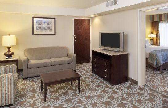 Suite DoubleTree by Hilton Augusta