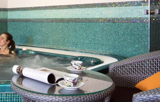 Whirlpool Le Mas d'Huston Spa & Golf Resort