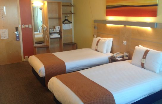 Zimmer Holiday Inn Express DONCASTER