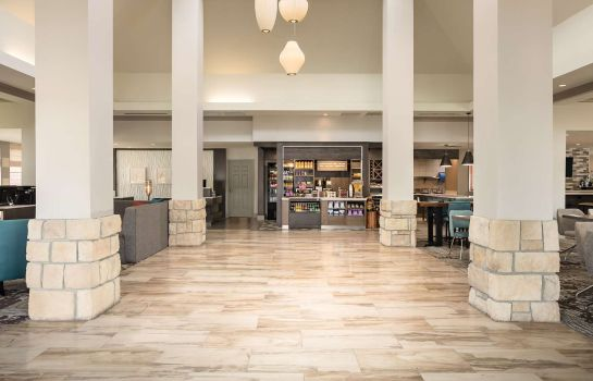 Hall Hilton Garden Inn Omaha West