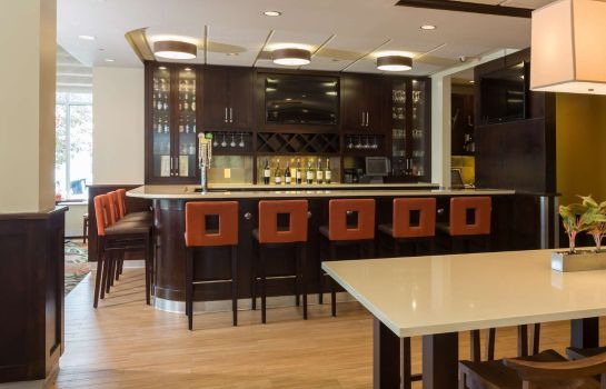 Hotel-Bar Hilton Garden Inn Buffalo Airport