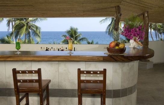 Hotel bar Tango Mar Beachfront Boutique Hotel &Villas