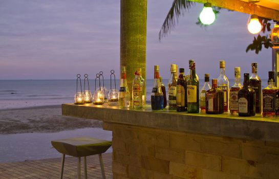 Hotel bar Barali Beach Resort & Spa Koh Chang