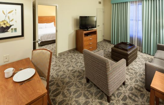 Suite Homewood Suites by Hilton Irving-DFW Airport