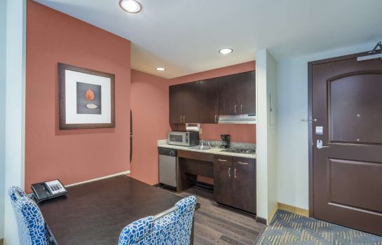Suite Homewood Suites by Hilton Louisville-East