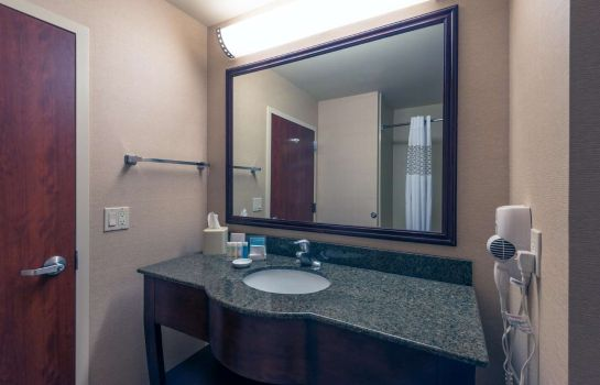 Zimmer Hampton Inn - Suites Colorado Springs-Air Force Academy-I-25