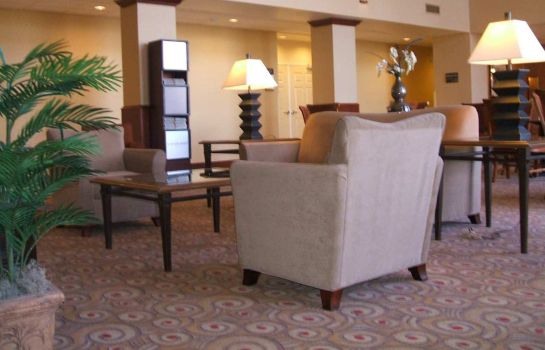 Lobby Hampton Inn - Suites Reno