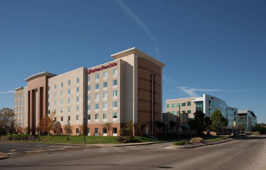 Außenansicht Hampton Inn - Suites St Louis at Forest Park