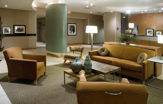 Hall Hampton Inn - Suites St Louis at Forest Park