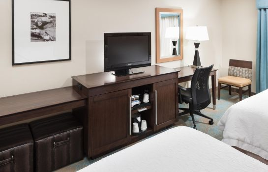 Suite Hampton Inn - Suites St Louis at Forest Park