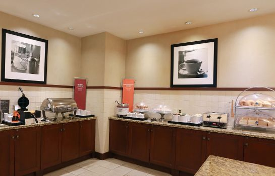 Restaurant Hampton Inn - Suites by Hilton Laval
