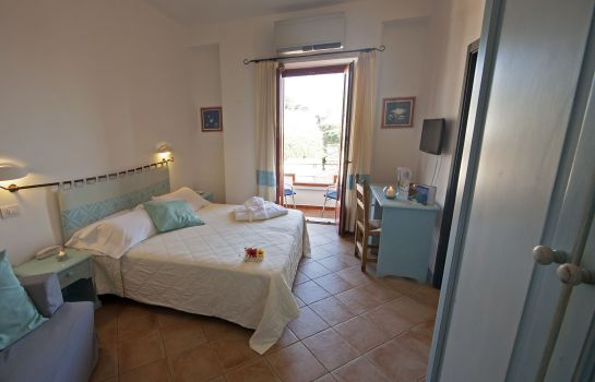 Triple room Bue Marino