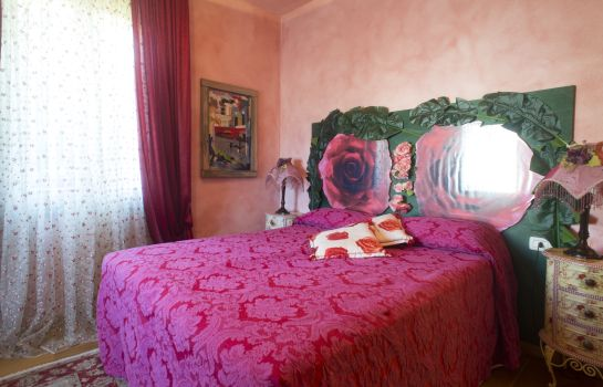 Single room (superior) Relais Villa Roncuzzi