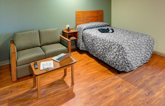 Suite WOODSPRING SUITES WICHITA AIRP