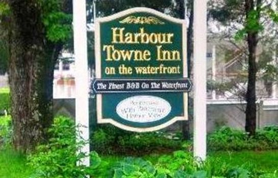 Exterior view Harbour Towne Inn