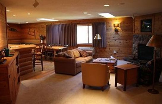 Info LODGE AT CROOKED LAKE