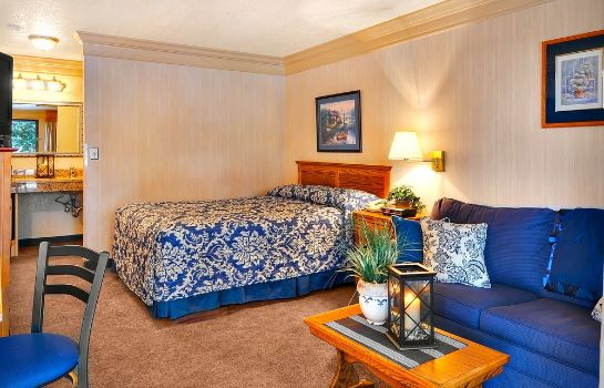 Standardzimmer Coachman Inn & Suites
