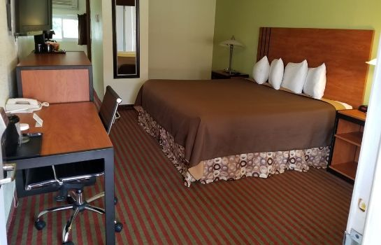 chambre standard All Seasons Inn and Suites