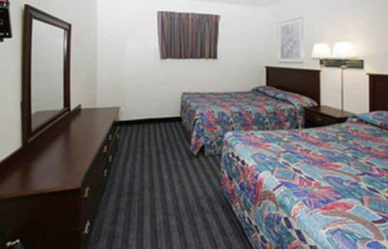 Zimmer KNIGHTS INN AND SUITES VIRGINI
