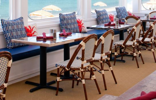Restaurant Sea Crest Beach Hotel