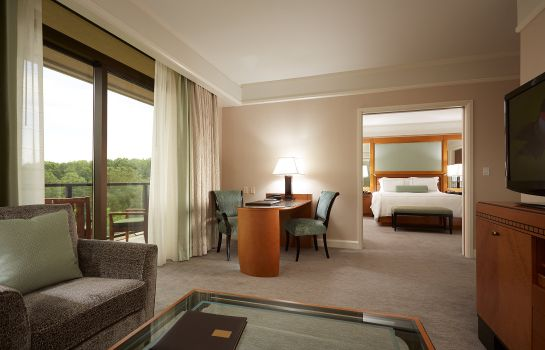 Suite The Umstead Hotel and Spa The Umstead Hotel and Spa