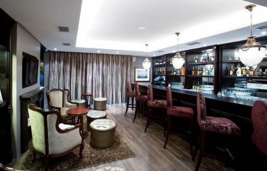 Hotel-Bar ROMNEY PARK LUXURY SUITES & WELLNESS CEN