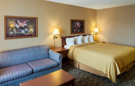 Room Quality Inn & Suites Fort Worth