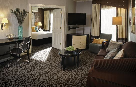 Suite INN AT FOX HOLLOW HOTEL
