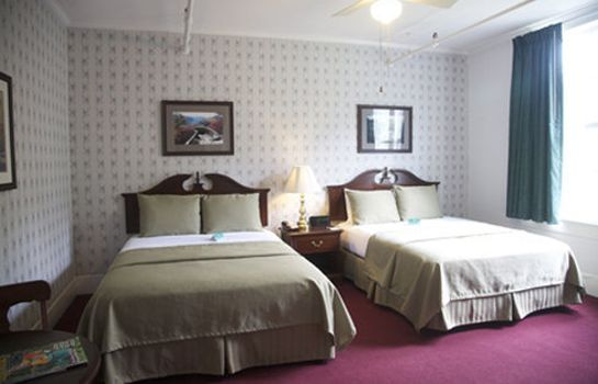 Zimmer Green Park Inn Historic Hotels