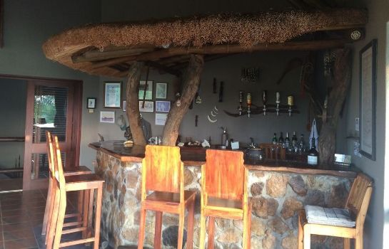 Bar hotelowy Bushwise Safari & Lodge