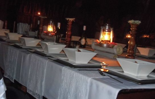 Restauracja Bushwise Safari & Lodge