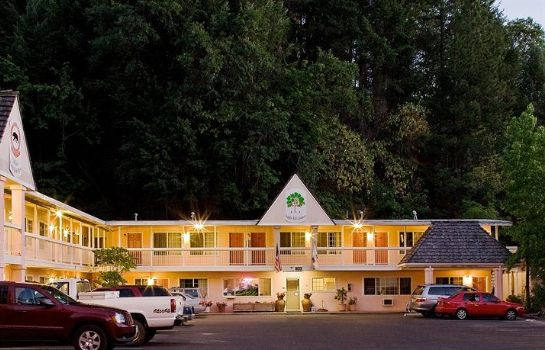 Entorno National 9 Inn Placerville