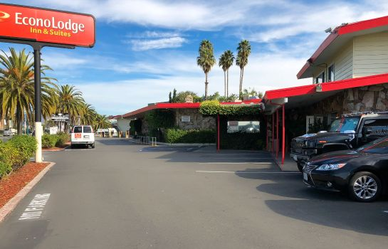 Buitenaanzicht Econo Lodge  Inn & Suites Oakland Airport