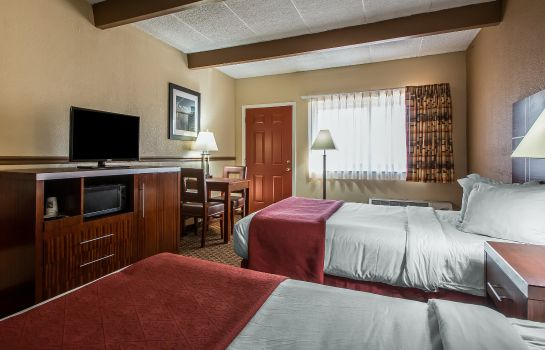 Zimmer Quality Inn East Dubuque